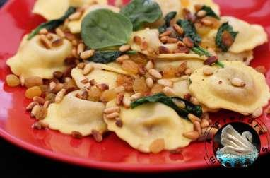 Ravioli ricotta aux pignons et raisins secs
