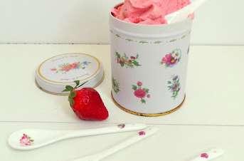Glace au yaourt et à la fraise