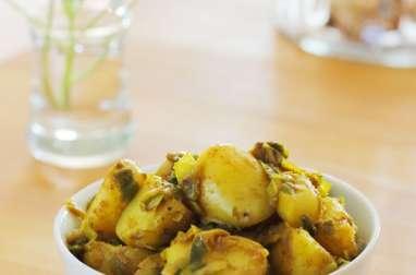 Pommes de terre et poireaux aux épices colombo