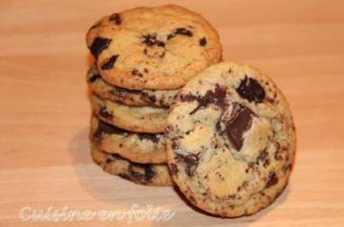 Cookies au beurre de cacahuète et aux trois chocolats