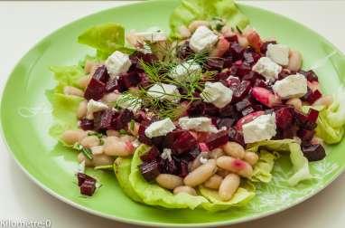 Salade de betteraves aux haricots blancs et à la fêta