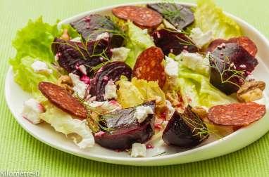 Salade de betterave, chorizo et fêta