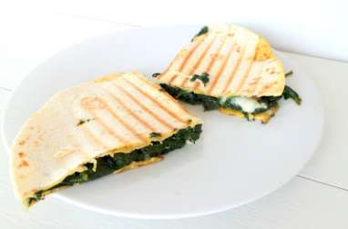 Quesilladas épinards et mozzarella