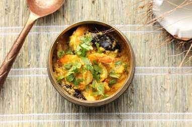 Curry Malvani de crevettes à la noix de coco fraîche