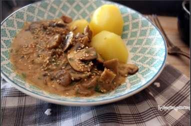 Seitan sauce moutarde et champignons et ses pommes vapeur