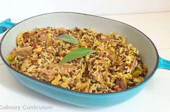 Boeuf sauté aux lentilles, riz, poivrons et curry