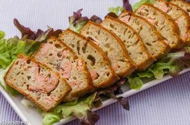 Cake anisé au saumon et à l'aneth