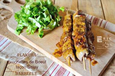 Brochettes de boeuf sauce satay à la plancha