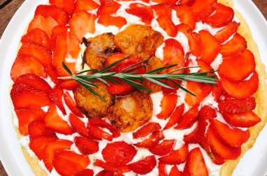 Tarte aux fraises et abricots rôtis