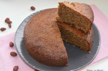 Gâteau aux noisettes et au miel
