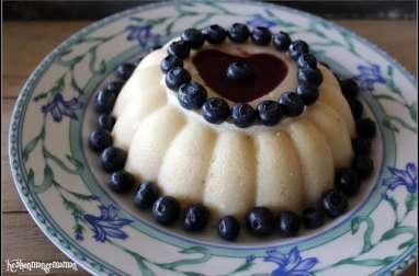 Gâteau de semoule végétalien au lait d'amandes et fève tonka