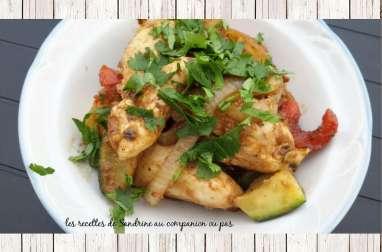 Poulet et légumes croquants marinés au curry rouge à la plancha