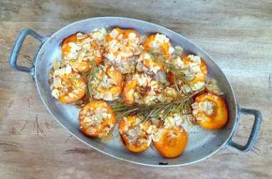 Abricots rôtis au miel, amandes et au romarin