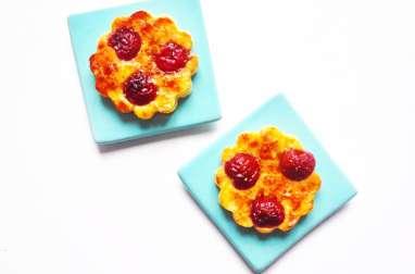 Minis clafoutis aux cerises, aux amandes et à la fleur d'oranger