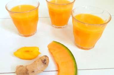 Smoothie pêche jaune, melon et gingembre