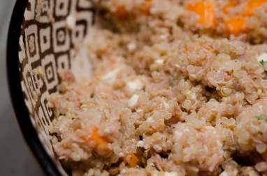 Salade de quinoa aux carottes, à la feta et au thon