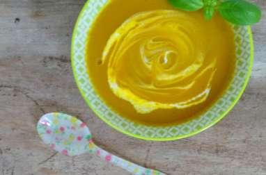 Soupe de carottes, concombres et basilic à déguster froide ou chaude