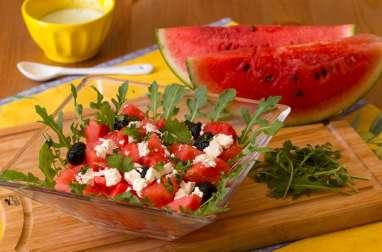 Salade de pastèque à la feta parfumée à la coriandre