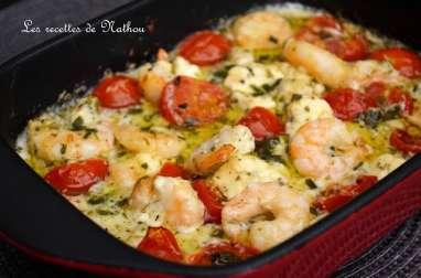 Scampis à l'ail, feta et tomates cerise au four