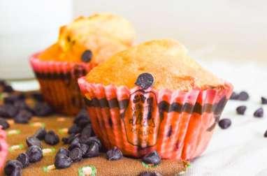 Muffins aux pépites de chocolat noir et blanc