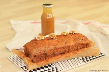 Banana bread aux pépites de chocolat et sauce caramel