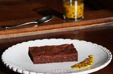 Brownie chocolat noir et fruit de la passion