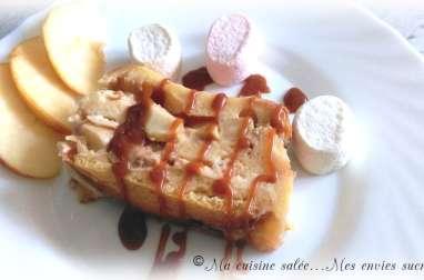 Croque-cake brioché pommes-caramel beurre salé au coeur fondant chamallows