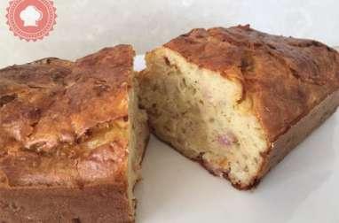 Cake au camembert et lardons
