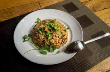 Riz sauté au tofu fumé et au fenouil
