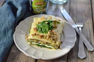 Lasagnes aux épinards, sauce aux olives façon pesto vert