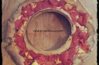 Couronne feuilletée à la tomate
