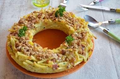 Macaronis en couronne gratinée, au jambon et fromage