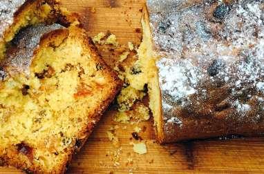 Cake aux fruits confits et aux amandes