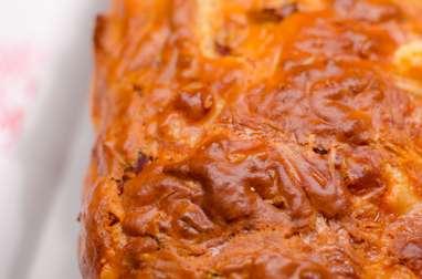 Cake à la raclette et à la viande des grisons