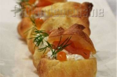 Mini choux au saumon fumé et au fromage frais