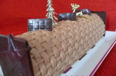 Bûche Praliné Chocolat et Tonka