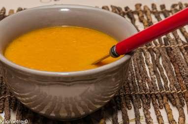 Soupe de potimarron au gingembre et bacon