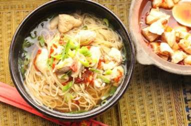 Nouilles chinoises au poulet vapeur