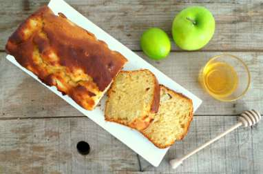 Cake pommes vertes, citron vert et miel