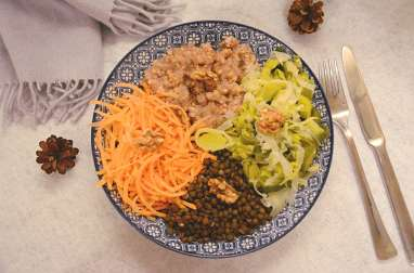 Veggie bowl d'hiver : lentilles, kasha, petits légumes et noix