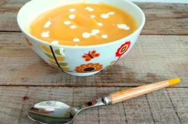 Soupe veloutée chou-fleur et carottes