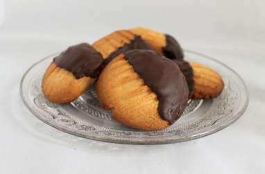 Biscuits sablés « Pattes de chat » au chocolat