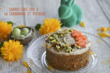 Carrot-cake cru à la cardamome et pistache