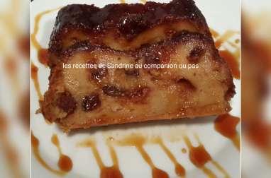 Pudding facile aux raisins secs et au caramel