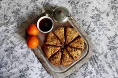 Scones aux écorces d'oranges confites et pépites de chocolat