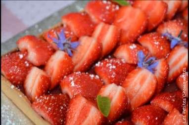 Tarte aux fraises, et sa pointe de rhubarbe