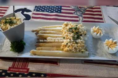 Asperge vapeur et sa vinaigrette mimosa, recette facile