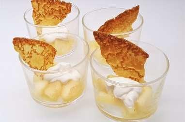 Verrines de poires rôties aux épices, crème de Saint Môret à la vanille