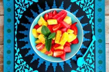 Salade fraises, pastèque, ananas à la menthe