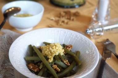 Salade de haricots verts, vinaigrette aux œufs durs